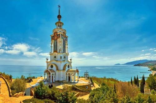 Храм-маяк Святого Николая Чудотворца