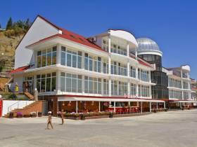 Отель «Белый Грифон»